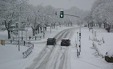 4eme épisode neigeux en 4 jours dans l'Essonne (photo prise à Courcouronnes)