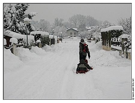35cm de neige en plaine dans l'Isère le 8 janvier 2010