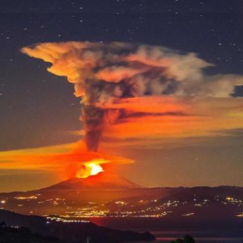 Éruption de l'Etna : quel rôle ont les volcans sur le climat ?