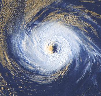 Suivi de l'activité cyclonique au 15 août 2021