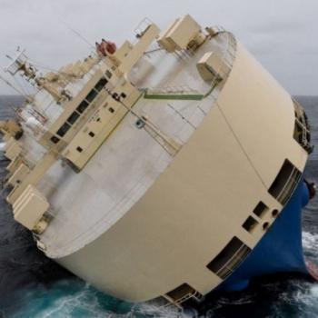 Un cargo à la dérive au large des côtes Françaises