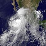 Tempête tropicale Newton entre Mexique et Etats-Unis