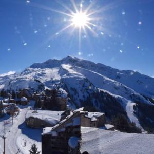 Enneigement en montagne : quelles conditions pour les vacances d'hiver ?
