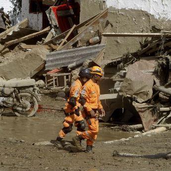 Pluie diluvienne et glissement de terrain meurtrier en Colombie