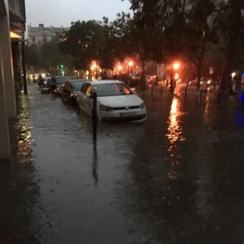 Orage diluvien à Paris : des inondations et un record !