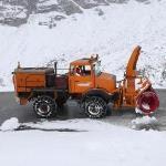 Les grands cols des Alpes ouvrent malgré la neige