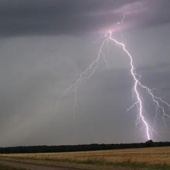 Grêle, vent et foudre : violents orages après la canicule sur l'Est