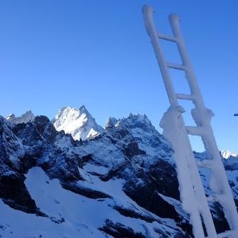 Orage de neige dans les Alpes