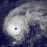 L'ouragan Nicole traverse les Bermudes
