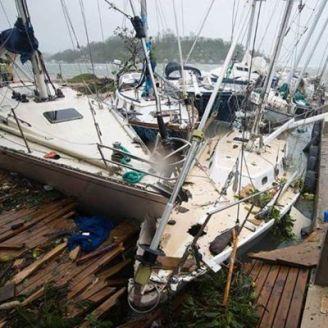 Cyclone Pam : Vanuatu touché de plein fouet - Nouvelle Calédonie épargnée
