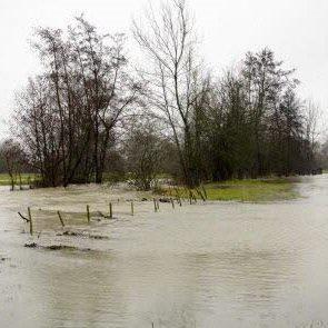 Pluie abondante et inondations près des Vosges et du Jura