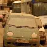 Sable et poussières venus d'Afrique colorent la pluie et la neige