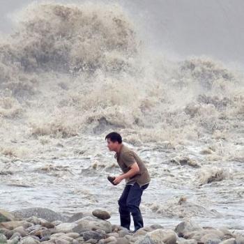Typhon Dujuan entre Japon, Taïwan et Chine