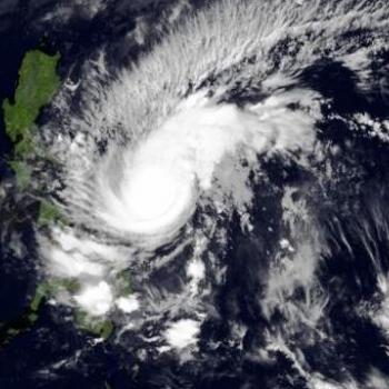 Le typhon Melor (Nona) impacte les Philippines