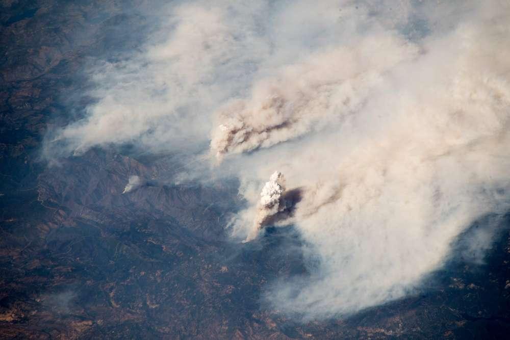 Image d'illustration pour Gigantesques incendies de forêt au Canada et aux États-Unis