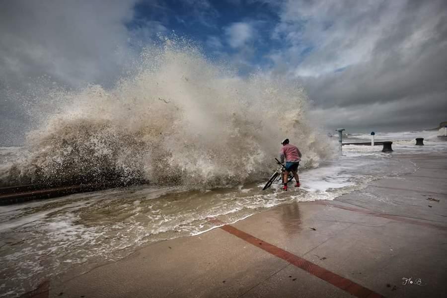 Image d'illustration pour Dépression Mortimer : coup de vent durant les grandes marées d'equinoxe