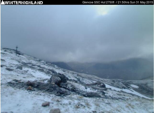 Image d'illustration pour Début d'été sous la neige dans les Highlands en Ecosse