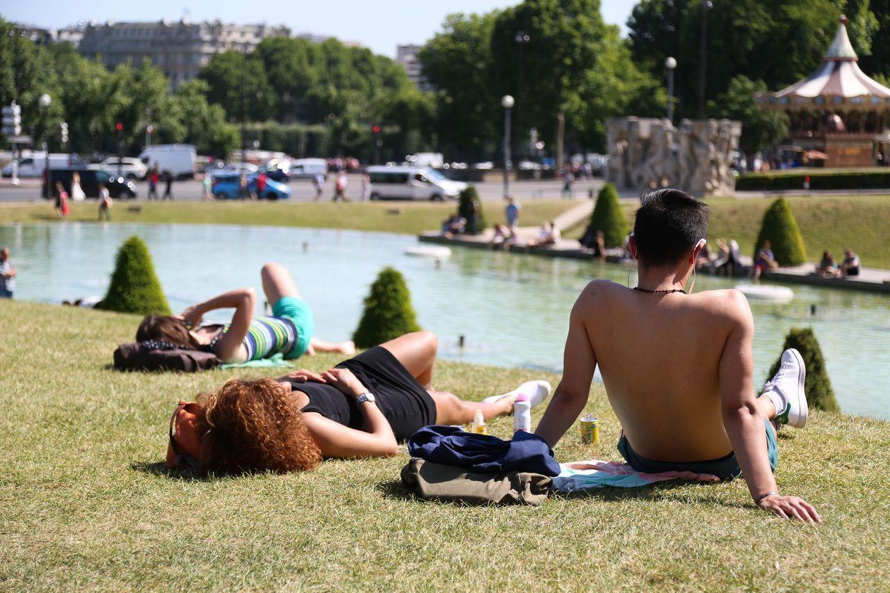 Image d'illustration pour Premières fortes chaleurs à Paris et en Ile de France
