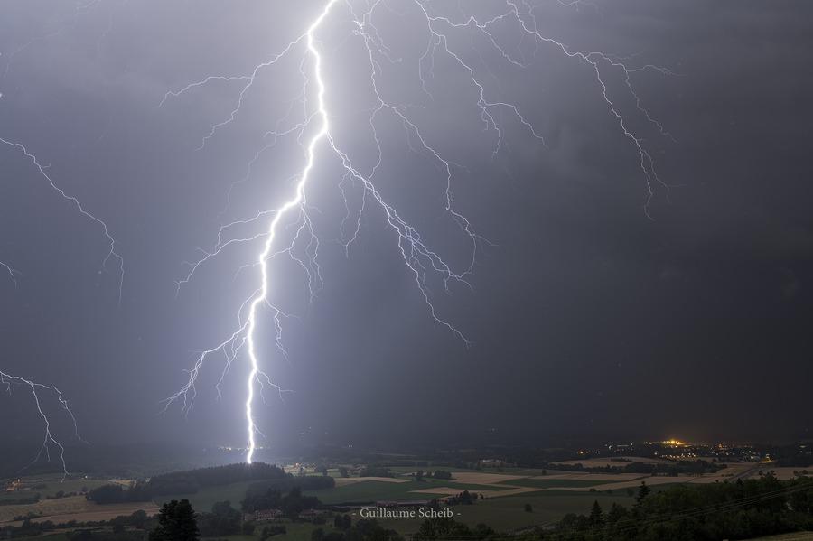 Image d'illustration pour Orages du 6 et 7 juillet : grêle et foudroiement intense