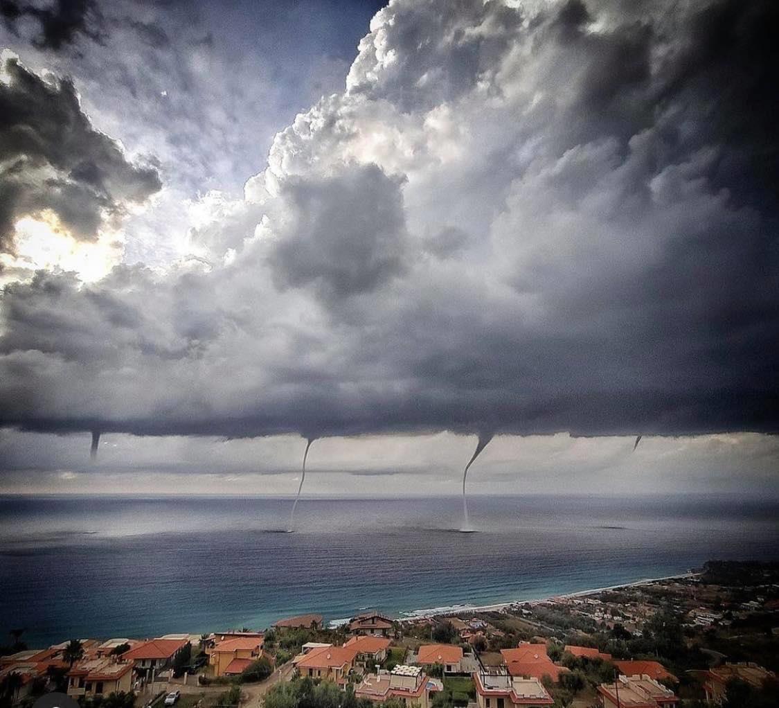 Image d'illustration pour L'actualité météo dans le monde à la mi-août 2020