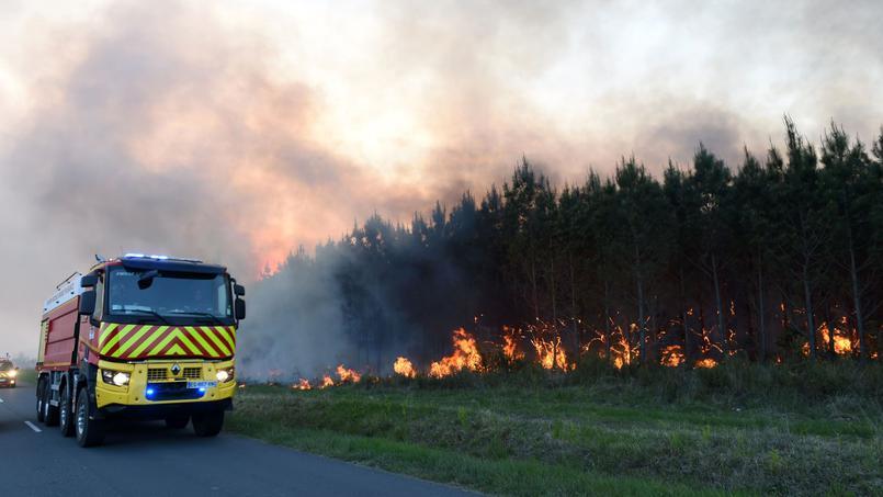 Image d'illustration pour Sécheresse : premiers gros incendies de la saison