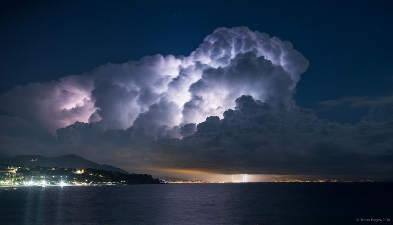 Image d'illustration pour L'actualité météo dans le monde au début du mois de septembre