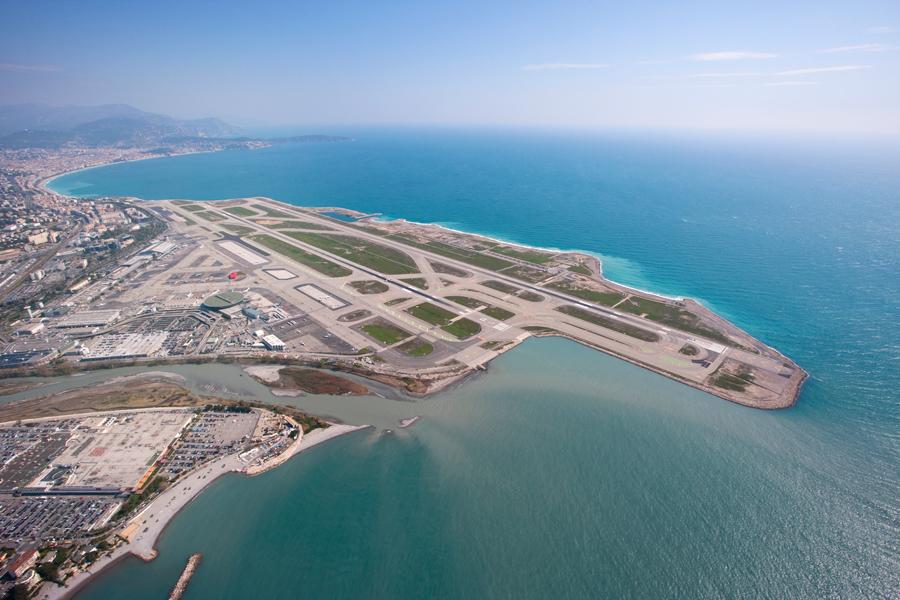 Image d'illustration pour Trafic aérien perturbé par le vent sur l'aéroport de Nice