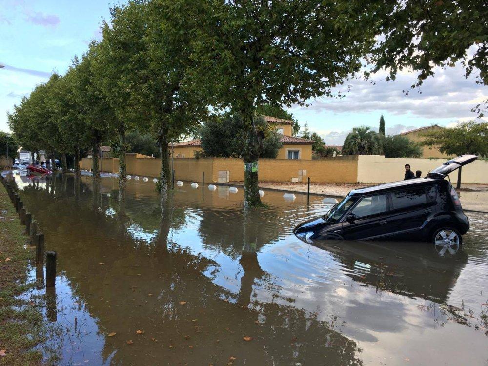 Image d'illustration pour Orages, inondations et trombes marines en Camargue
