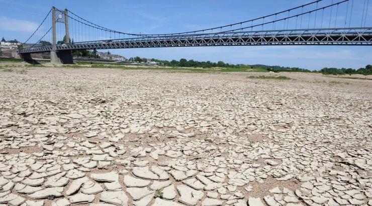 Image d'illustration pour Les différents types de sécheresse et la situation actuelle en France