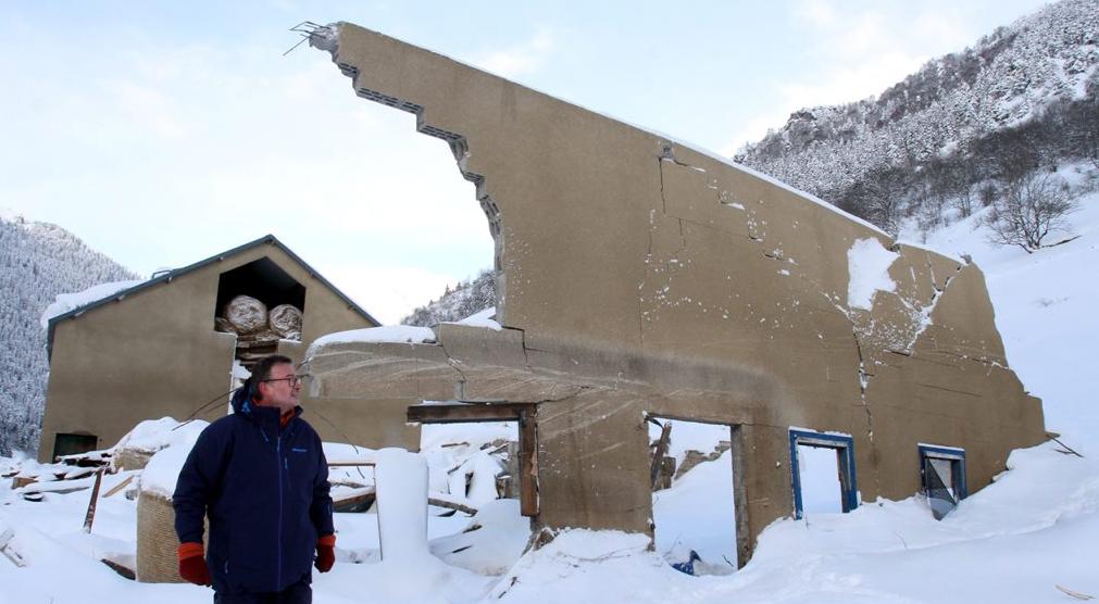 Image d'illustration pour Avalanche : plusieurs victimes dans les Alpes - risque marqué à fort