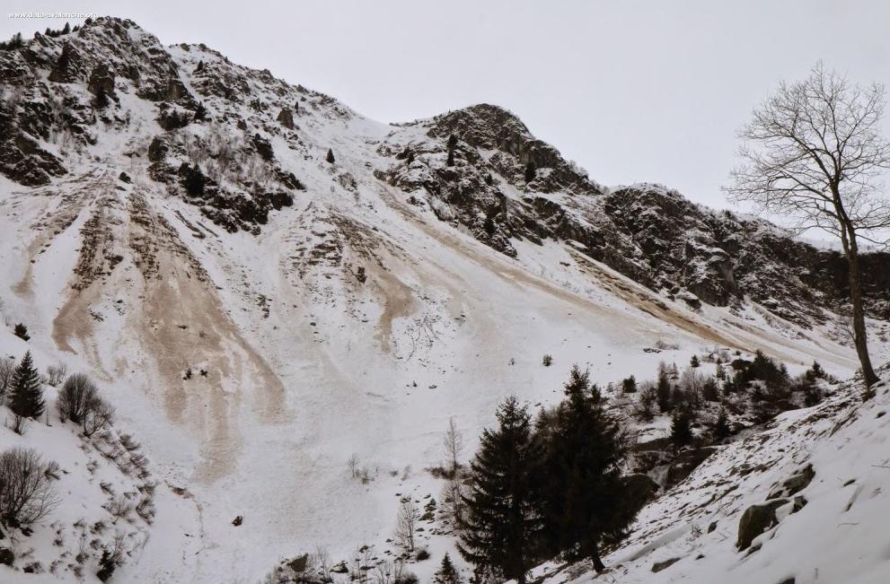 Image d'illustration pour Avalanche mortelle sur le massif des Ecrins dans les Alpes