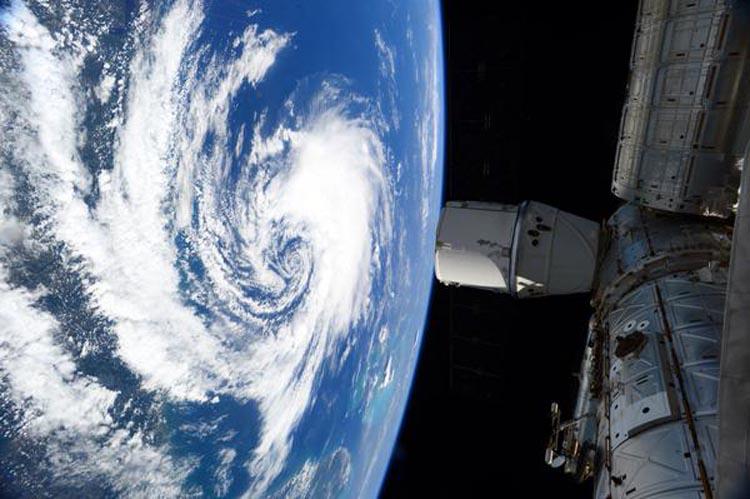 Image d'illustration pour L'ex ouragan Danny circule sur le Nord de l'Arc antillais