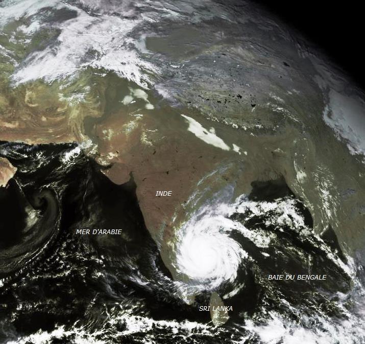 Image d'illustration pour Cyclone Vardah en Inde