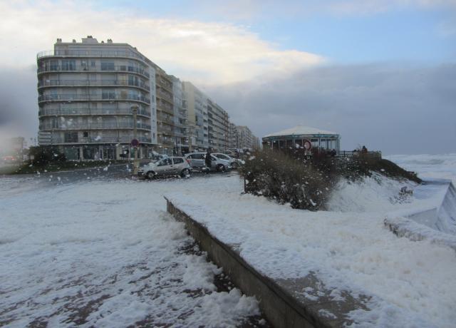 Image d'illustration pour Dépression Petra les 4 et 5 février - tempête et vagues sur l'Ouest