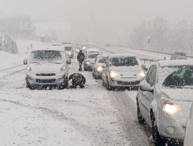 Image d'illustration pour Week-end de la Saint Valentin perturbé par la grêle et la neige