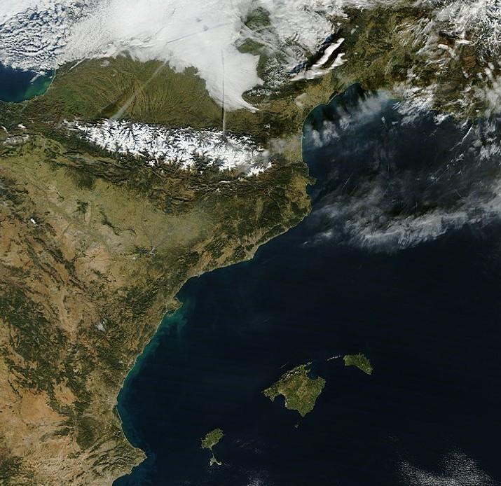 Image d'illustration pour Douceur près de la Méditerranée - Foehn et lenticulaire