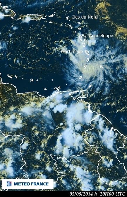 Image d'illustration pour Onde tropicale : fortes pluies en Martinique dans un contexte de sécheresse