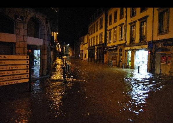 Image d'illustration pour Fortes pluies, crues et inondations en Bretagne (vigilance)