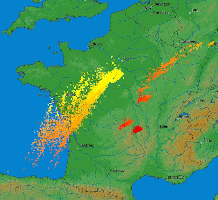 Image d'illustration pour Violents orages en Poitou Charentes - Pays de la Loire et Centre