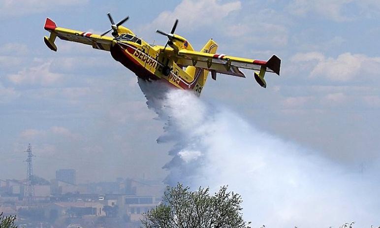 Image d'illustration pour Incendies et sécheresse en Languedoc (Gard et Hérault)