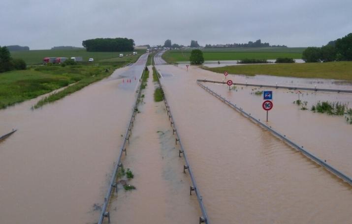 Image d'illustration pour Record de pluie en mai à Paris et sur le Nord de la France