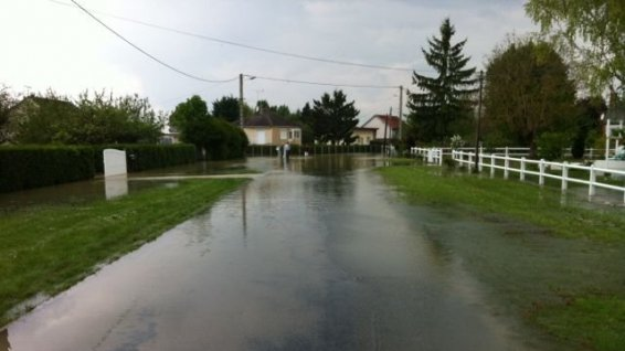 Image d'illustration pour Fortes pluies et quelques inondations entre Loiret et Seine et Marne