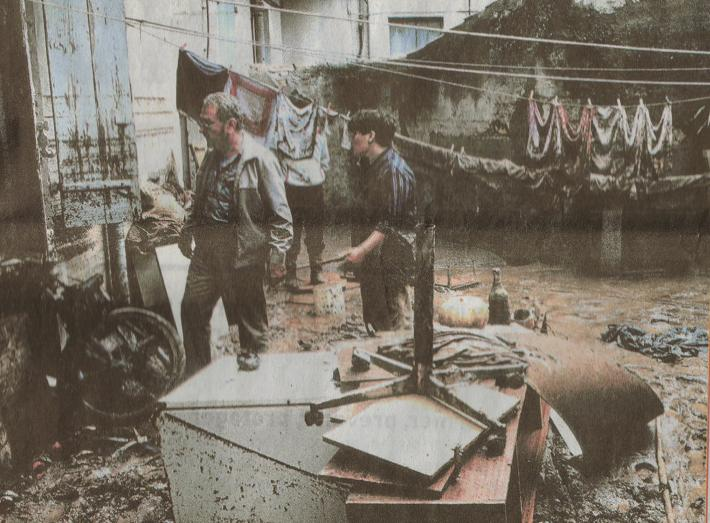 Image d'illustration pour Orage catastrophique à Nîmes le 3 octobre 1988