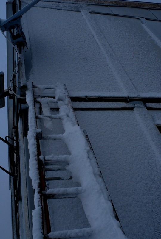 Image d'illustration pour Nouvelles chutes de neige en haute montagne