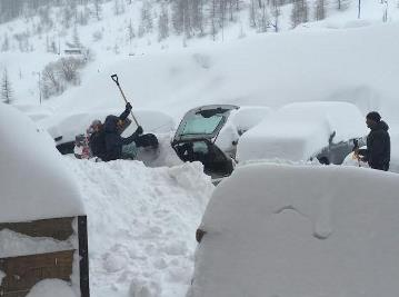 Image d'illustration pour Fortes chutes de neige dans les Alpes au retour des vacanciers