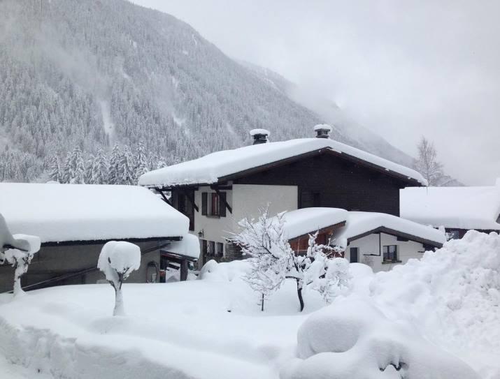 Image d'illustration pour Fortes chutes de neige et risque d'avalanche en montagne