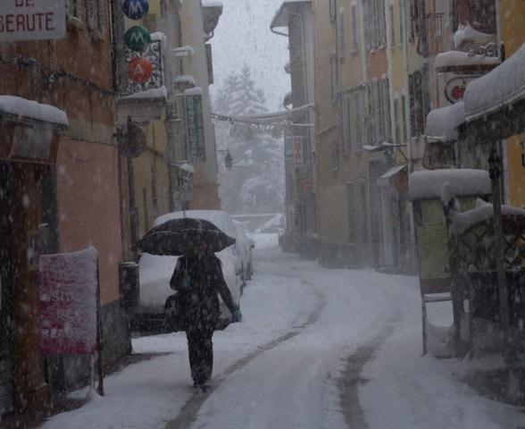 Image d'illustration pour Premières neiges en plaine à l'Est