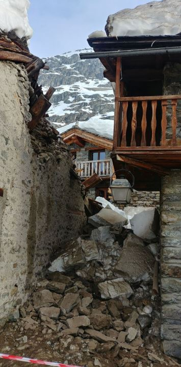 Image d'illustration pour Neige exceptionnelle & avalanches sur Alpes & Pyrénées