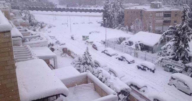 Image d'illustration pour Neige au Moyen Orient vue du satellite