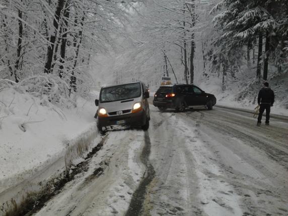 Image d'illustration pour Neige en Roumanie et près de 35°C en Espagne